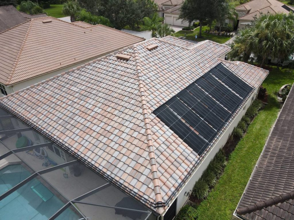 Estero solar pool heating system - side view
